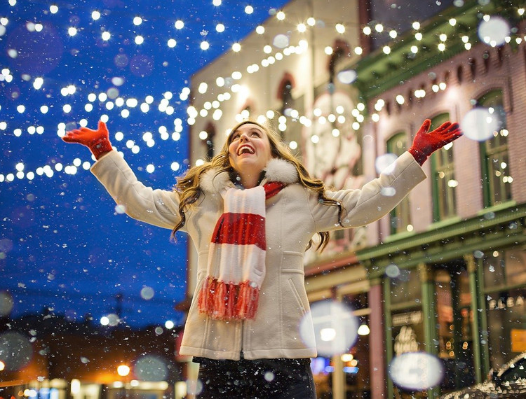 Six rules all employers should follow during the office Christmas party season!
